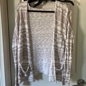 Hollister Sweaters - grey and white sweater from hollister ☁️